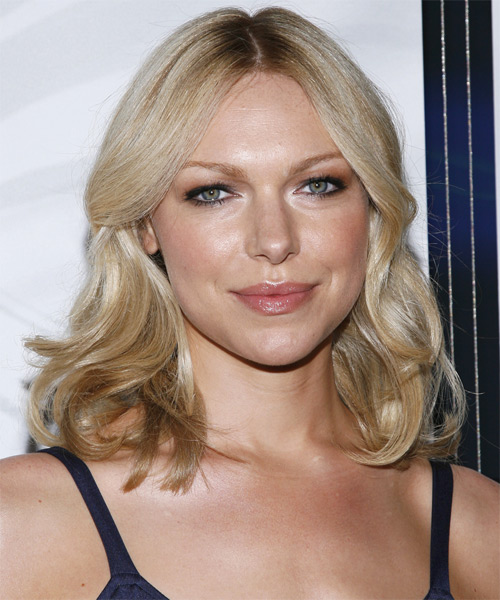Laura Prepon Medium Wavy Casual   Hairstyle