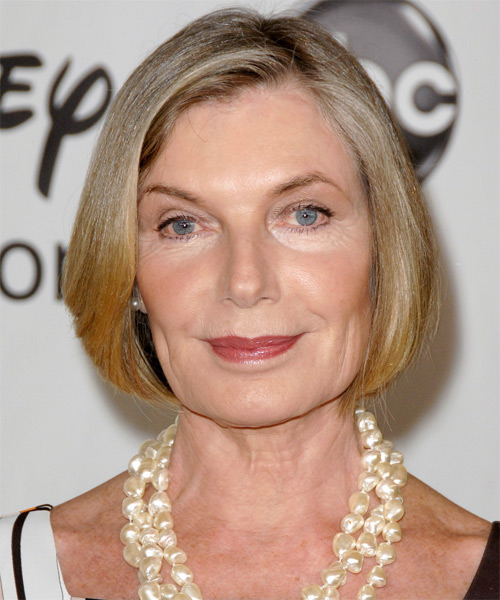 Susan Sullivan Short Straight Formal   Hairstyle
