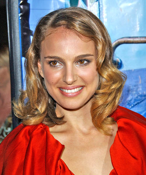 Natalie Portman Medium Wavy Casual   Hairstyle   - Dark Blonde
