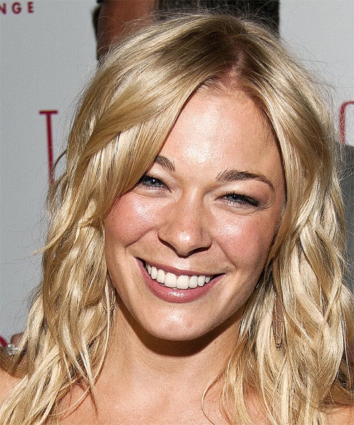 Leann Rimes Long Wavy Casual   Hairstyle