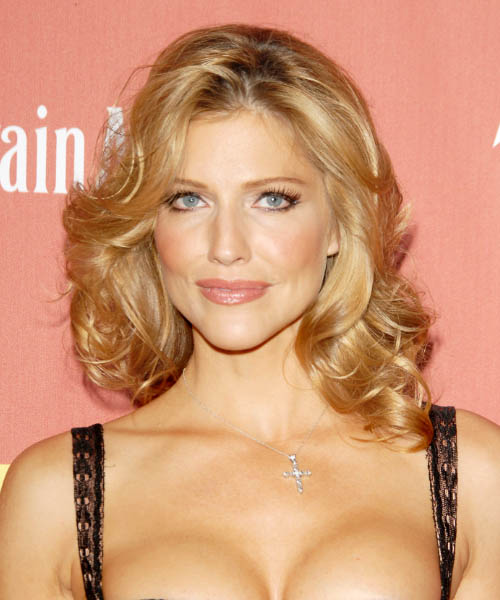 Tricia Helfer Long Wavy Casual Hairstyle