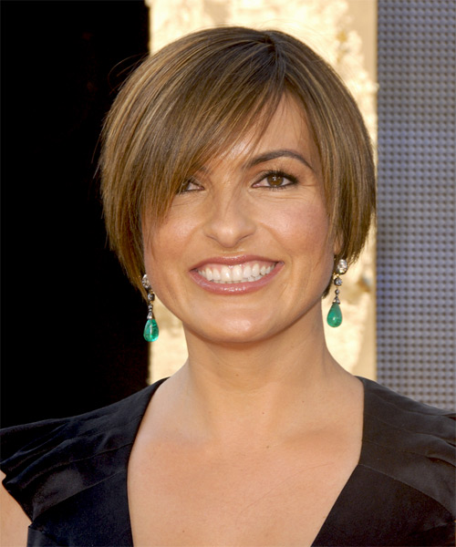 Mariska Hargitay Short Straight    Chestnut Brunette   Hairstyle with Side Swept Bangs
