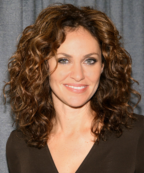 Amy Brenneman Long Curly Casual   Hairstyle