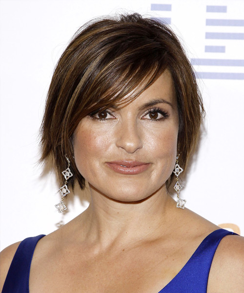 Mariska Hargitay Short Straight Casual   Hairstyle with Side Swept Bangs  - Dark Brunette