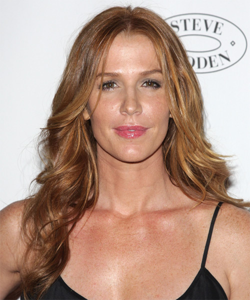Poppy Montgomery Long Wavy Casual   Hairstyle