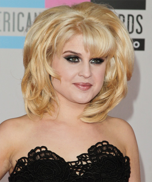 Kelly Osbourne Medium Straight Formal   Hairstyle