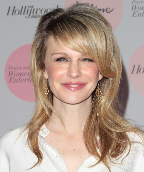 Kathryn Morris Medium Wavy Casual   Hairstyle
