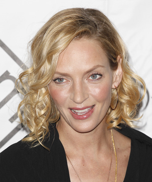 Uma Thurman Medium Curly Casual    Hairstyle   - Light Blonde and  Brunette Two-Tone Hair Color