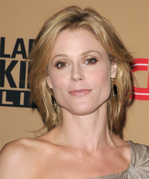 Julie Bowen Medium Straight Casual   Hairstyle