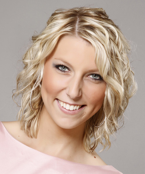 Medium Curly Casual    Hairstyle   - Light Champagne Blonde Hair Color