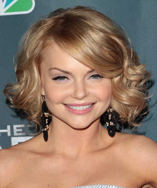 Izabella Miko Medium Curly Formal    Hairstyle with Side Swept Bangs  - Medium Blonde Hair Color