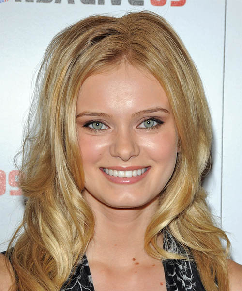 Sara Paxton Hairstyles Hair Cuts And Colors