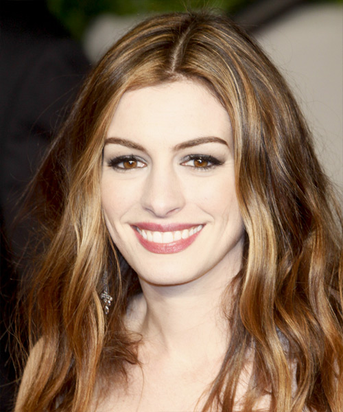 anne hathaway long wavy casual hairstyle chestnut