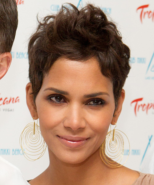 Halle Berry Short Straight Casual    Hairstyle   - Light Chocolate Brunette Hair Color