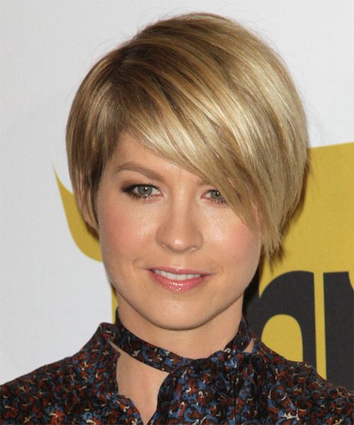 Jenna Elfman Short Straight Formal    Hairstyle   - Dark Golden Blonde Hair Color with Light Blonde Highlights