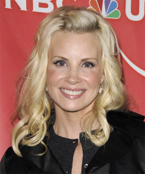 Monica Potter Medium Wavy Casual    Hairstyle   - Light Blonde Hair Color