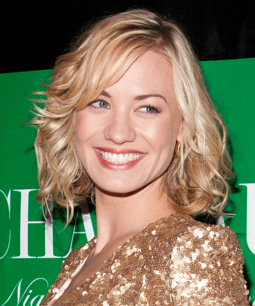 Yvonne Strahovski Medium Wavy Formal    Hairstyle with Side Swept Bangs  - Light Blonde Hair Color with  Blonde Highlights