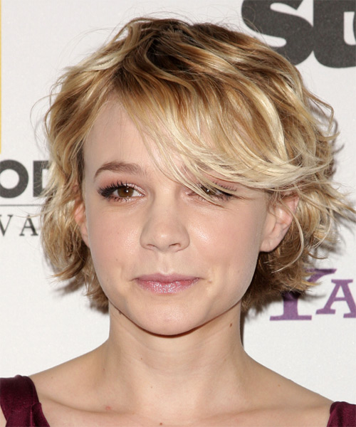 Carey Mulligan Short Wavy Casual    Hairstyle   - Dark Blonde Hair Color with Light Blonde Highlights