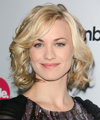 Yvonne Strahovski Medium Wavy Formal Layered Bob  Hairstyle   - Light Golden Blonde Hair Color with Light Blonde Highlights