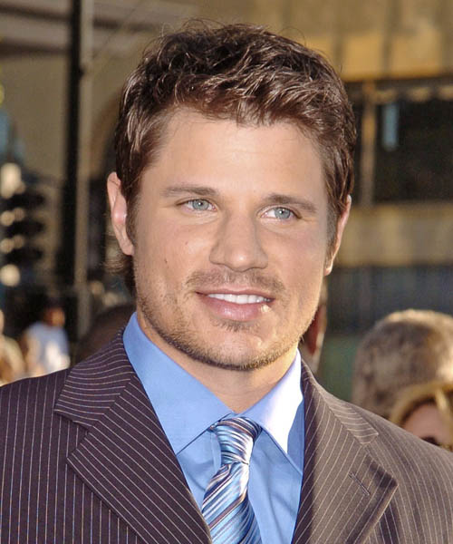 Nick Lachey Short Wavy Casual   Hairstyle
