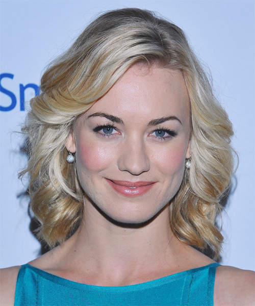 Yvonne Strahovski Medium Wavy Formal    Hairstyle   - Light Honey Blonde Hair Color with Light Blonde Highlights