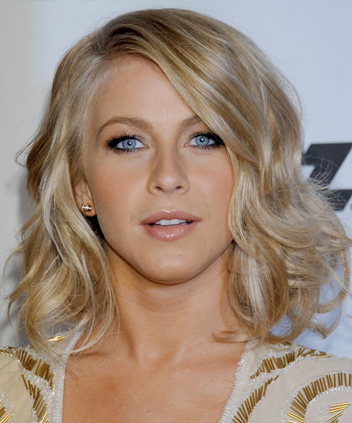 Julianne Hough Medium Wavy    Golden Blonde   Hairstyle   with Light Blonde Highlights