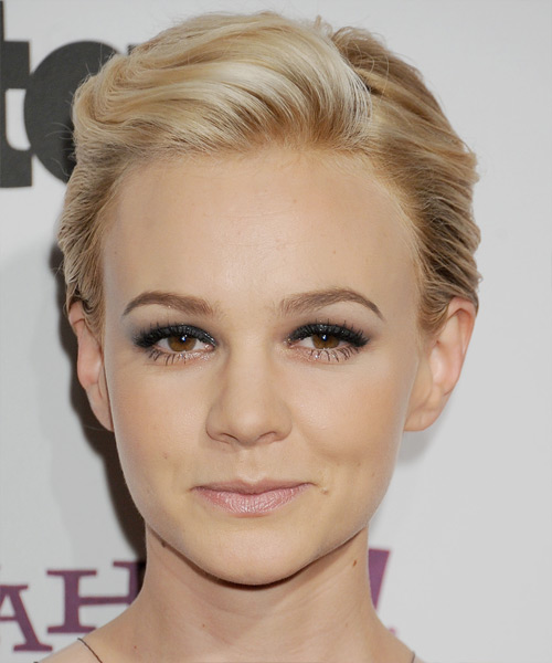 Carey Mulligan Short Straight Formal    Hairstyle   - Medium Champagne Blonde Hair Color with Light Blonde Highlights