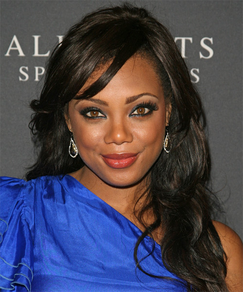 Tiffany Hines Long Wavy Casual    Hairstyle with Side Swept Bangs  - Black  Hair Color