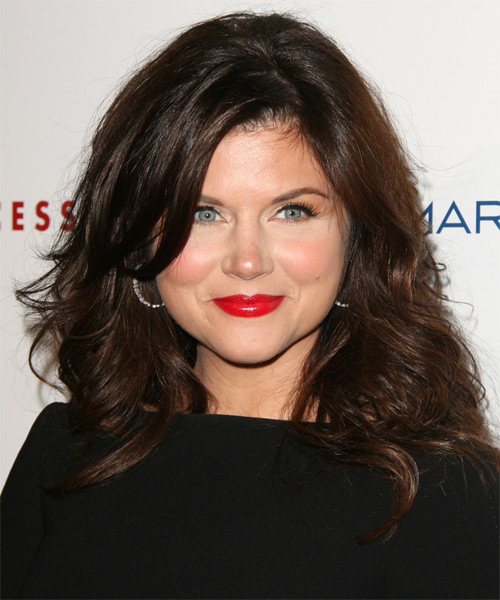 Tiffani Thiessen Medium Wavy   Dark Chocolate Brunette   Hairstyle with Side Swept Bangs