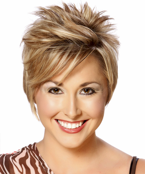 Short Straight    Caramel Blonde   Hairstyle with Side Swept Bangs  and Light Brunette Highlights