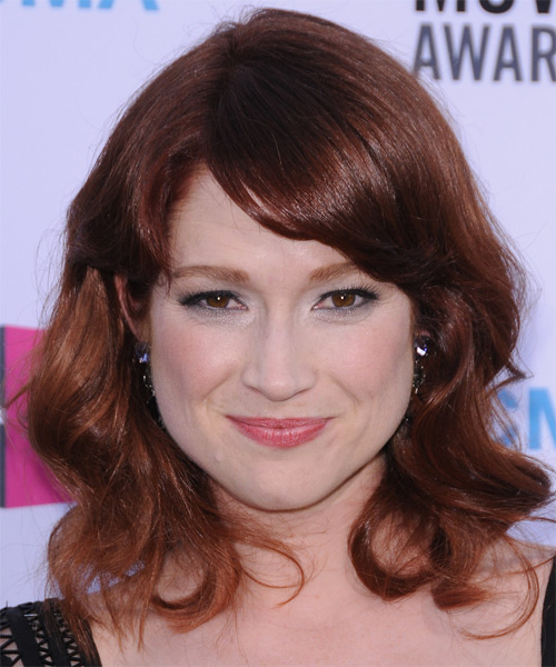 Ellie Kemper Medium Wavy Casual   Hairstyle with Side Swept Bangs  - Dark Red (Auburn)