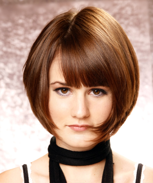 Short Straight   Chestnut Bob  Haircut