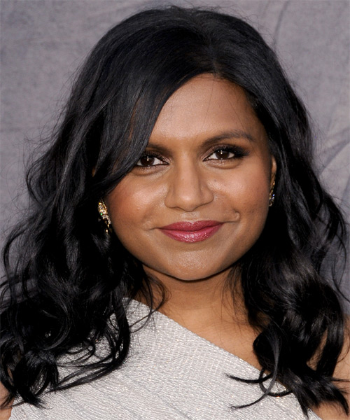 Mindy Kaling  Medium Wavy Casual   Hairstyle with Side Swept Bangs  - Black