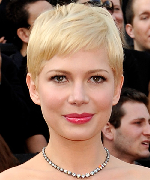 Michelle Williams Short Straight Casual Layered Pixie  Hairstyle with Side Swept Bangs  - Light Champagne Blonde Hair Color