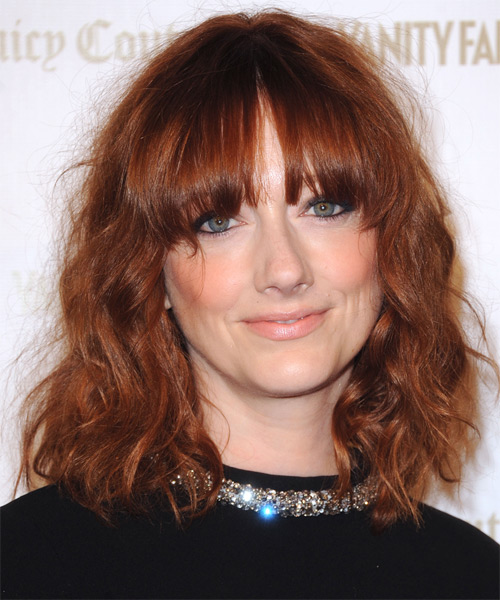 Judy Greer Medium Wavy    Auburn Red Bob  Haircut with Blunt Cut Bangs