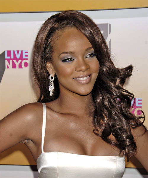 Rihanna soft wavy long hairstyle