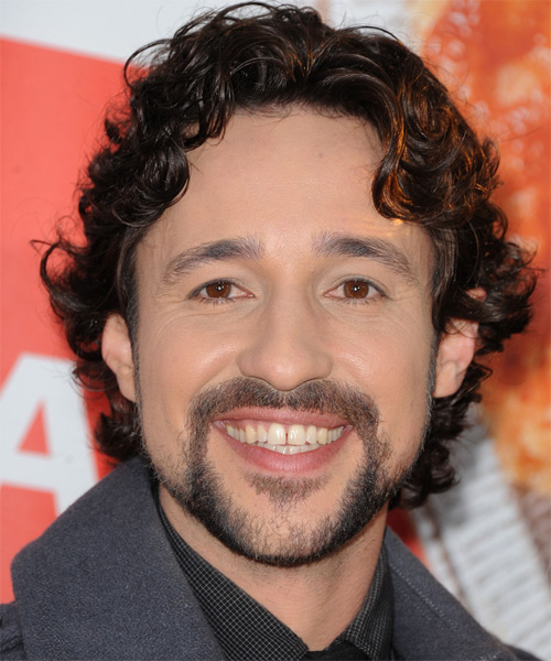 Thomas Ian Nicholas  Medium Wavy Casual   Hairstyle   - Black