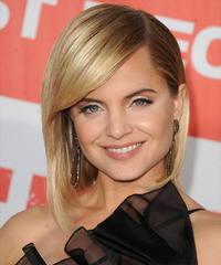 Mena Suvari Medium Straight Formal Layered Bob  Hairstyle with Side Swept Bangs  -  Golden Blonde Hair Color