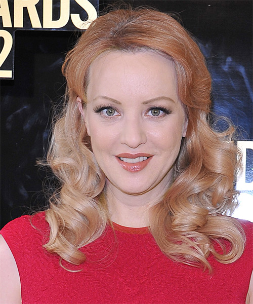 Wendi McLendon Covey Medium Wavy Formal   Hairstyle   - Medium Blonde (Copper)