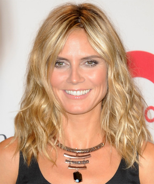 Heidi Klum Medium Wavy Casual    Hairstyle   - Medium Champagne Blonde Hair Color with Light Blonde Highlights