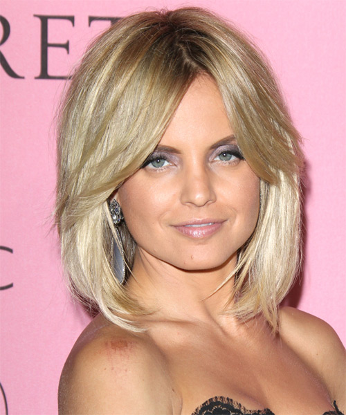 Mena Suvari Medium Straight Casual Bob  Hairstyle with Side Swept Bangs  - Light Blonde (Champagne)