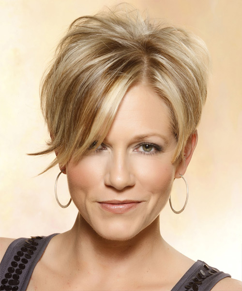 Short Straight Casual    Hairstyle with Side Swept Bangs  - Medium Caramel Blonde Hair Color with Light Blonde Highlights