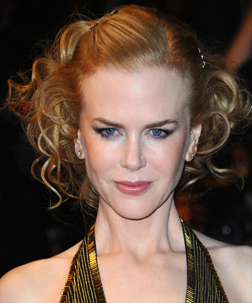 Nicole Kidman  Long Curly    Golden Blonde  Updo    with Light Blonde Highlights