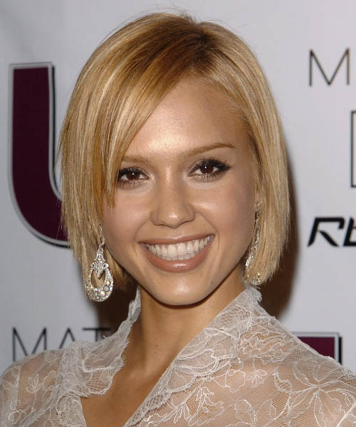 Jessica Alba Medium Straight Formal Bob Hairstyle With Side Swept Bangs Light Blonde Hair Color