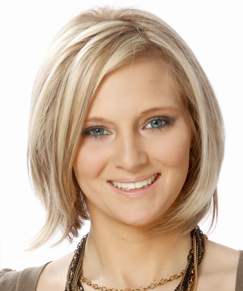 Short Straight Casual Layered Bob  Hairstyle   - Light Ash Blonde Hair Color with Dark Blonde Highlights