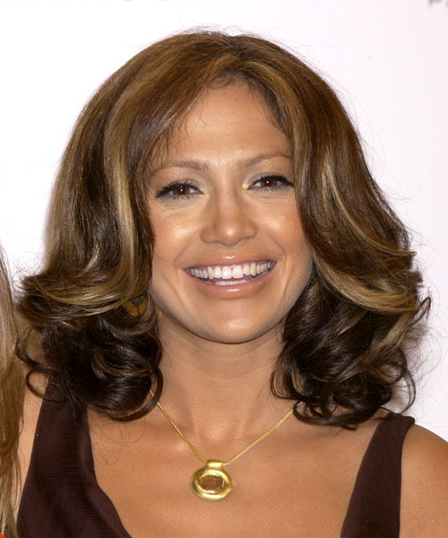 Jennifer Lopez Medium Wavy     Hairstyle
