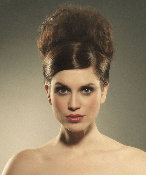 Updo with a deep side part and an updo