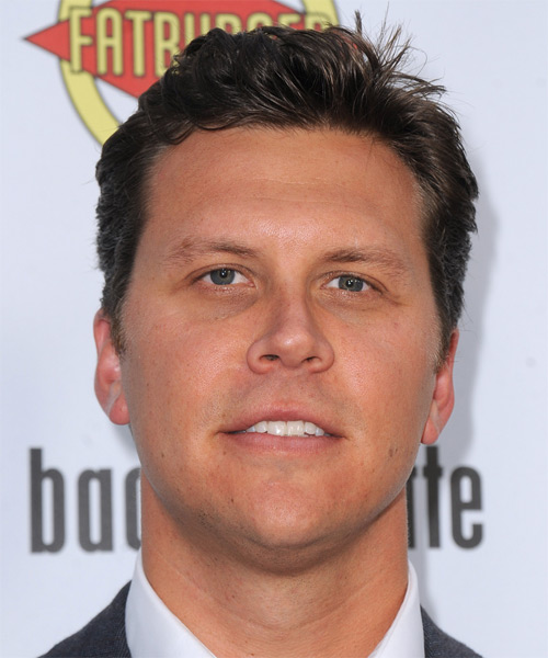 Hayes MacArthur Short Straight Casual   Hairstyle   - Medium Brunette