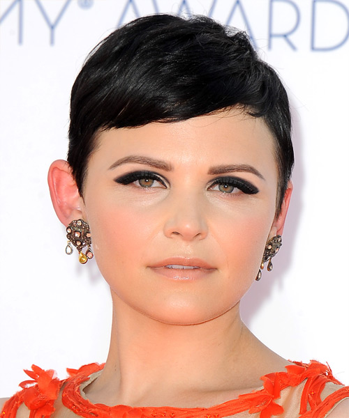 Ginnifer Goodwin Short Straight Casual   Hairstyle with Side Swept Bangs