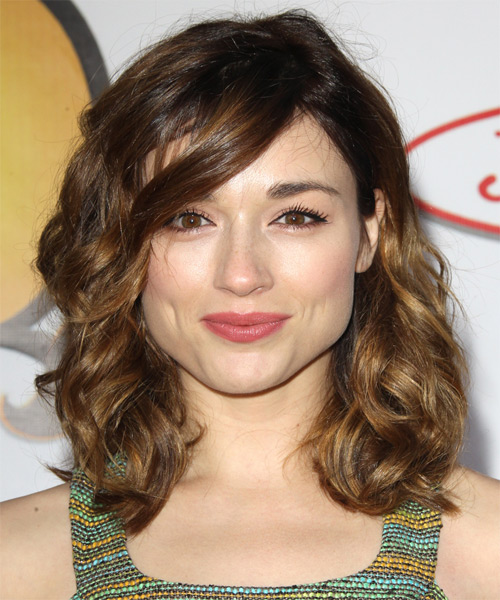 Crystal Reed Medium Wavy Casual   Hairstyle with Side Swept Bangs  - Medium Brunette (Golden)